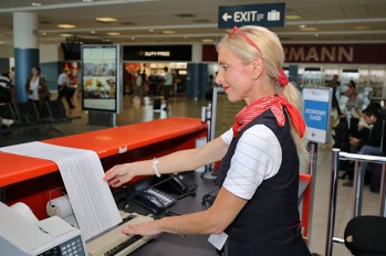 Helena Kocourková, check-in agentka, Czech Airlines Handling