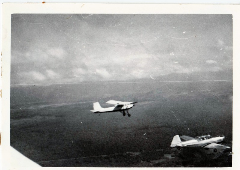 Aero L-60 a Z-226 nad Andami. Foto  Archiv Aleše Křemene ... db6a3a4bc5
