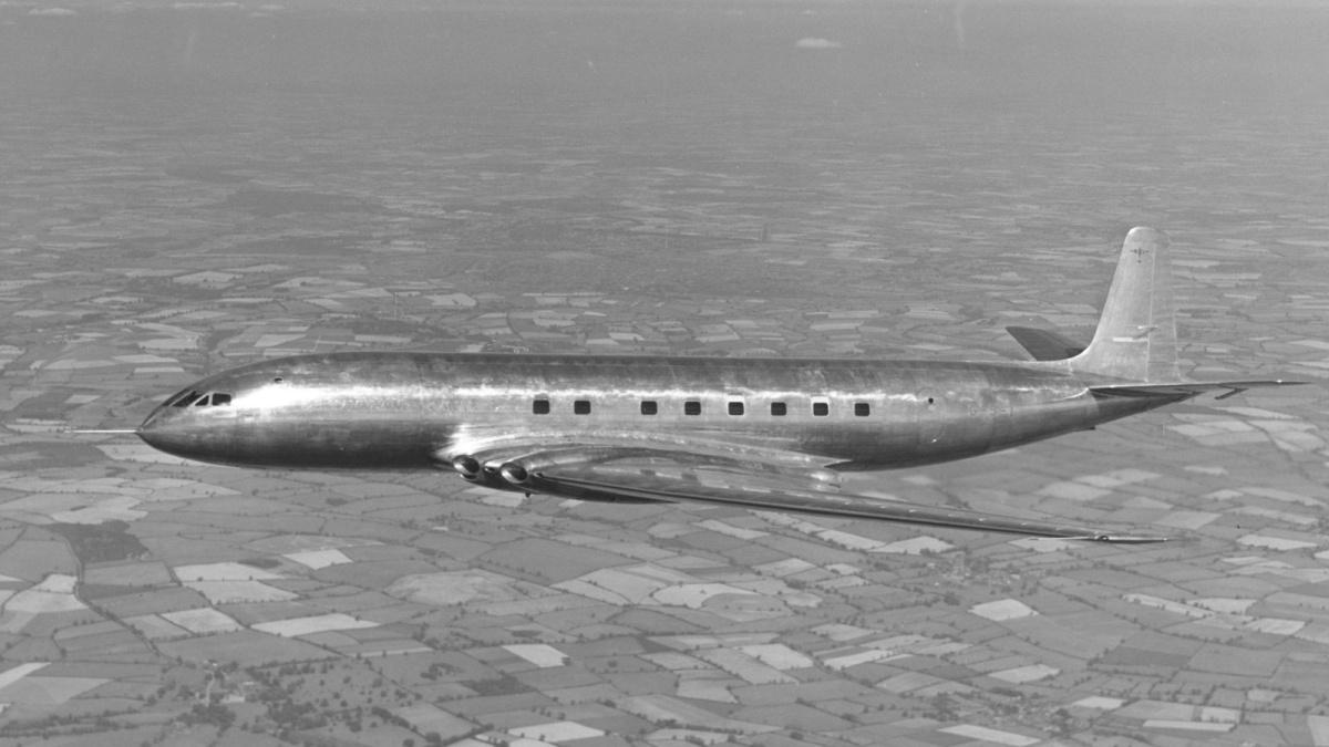 Před sedmdesáti lety vzlétl Comet 1, první proudový dopravní letoun v historii