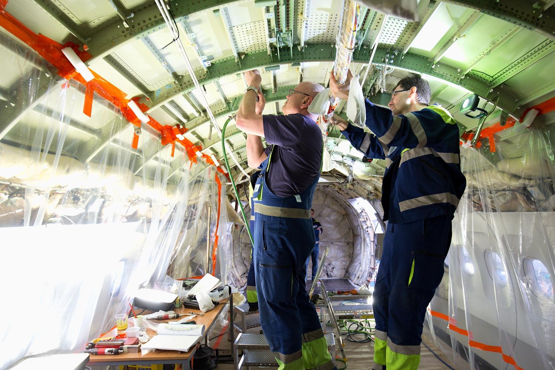 Finnair si nechal instalovat zařízení pro internetové připojení pro čtvrtinu svých letadel v CSAT Praha