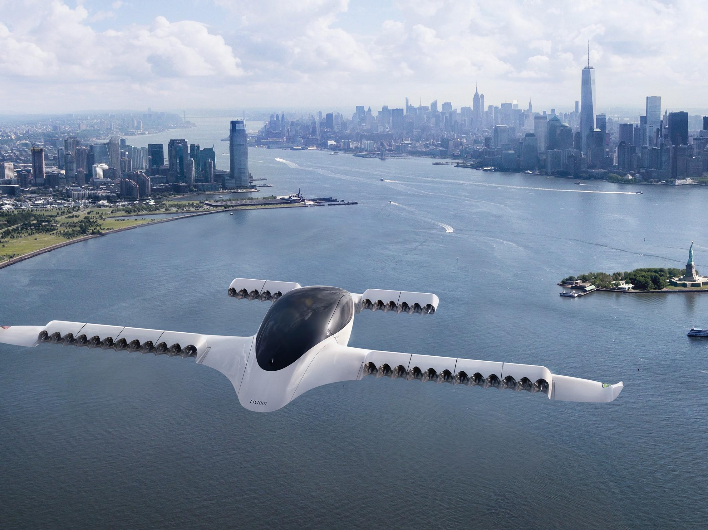 Elektrické VTOL aerotaxi Lilium překonalo rychlost 100 km/h. Do provozu ho jeho tvůrci chtějí dostat do roku 2025