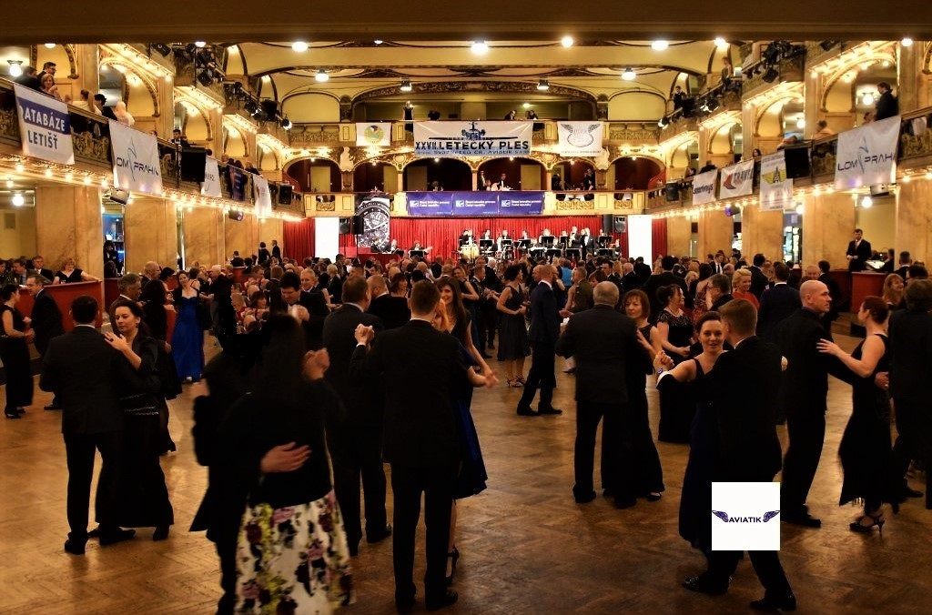 Letecký ples v Lucerně se blíží. Už jste si zajistili místo?